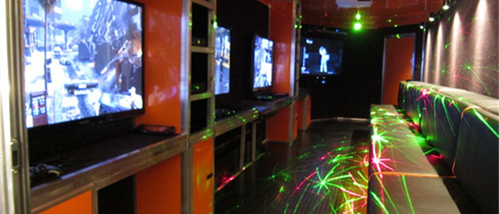 5 HUGE TV's in our Mobile Game Theater!
